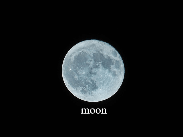 This example adds transparent text label below Moon. It also sets font size to 40px and uses serif fontface.